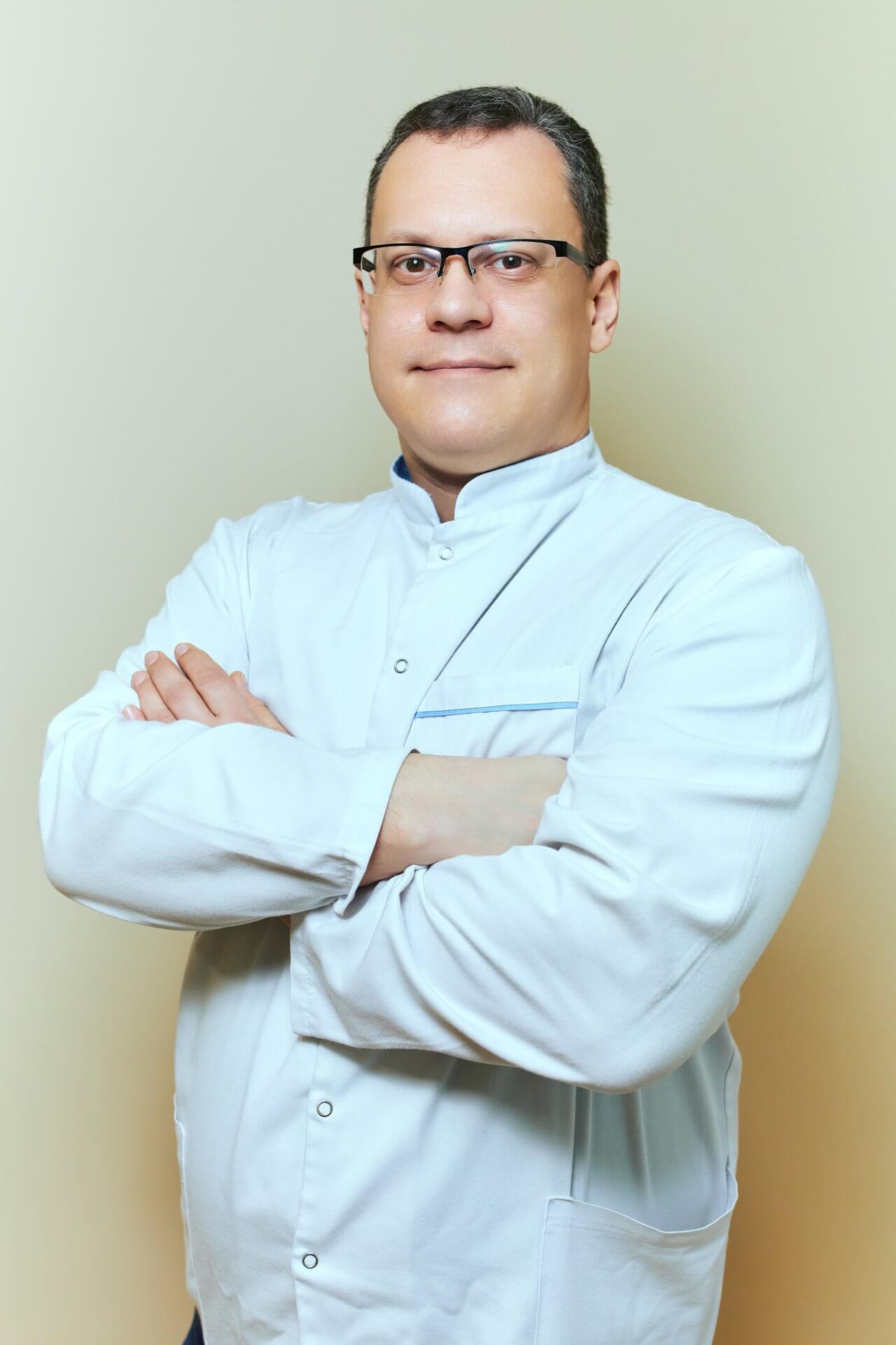 Стоматолог Цырусь Алексей