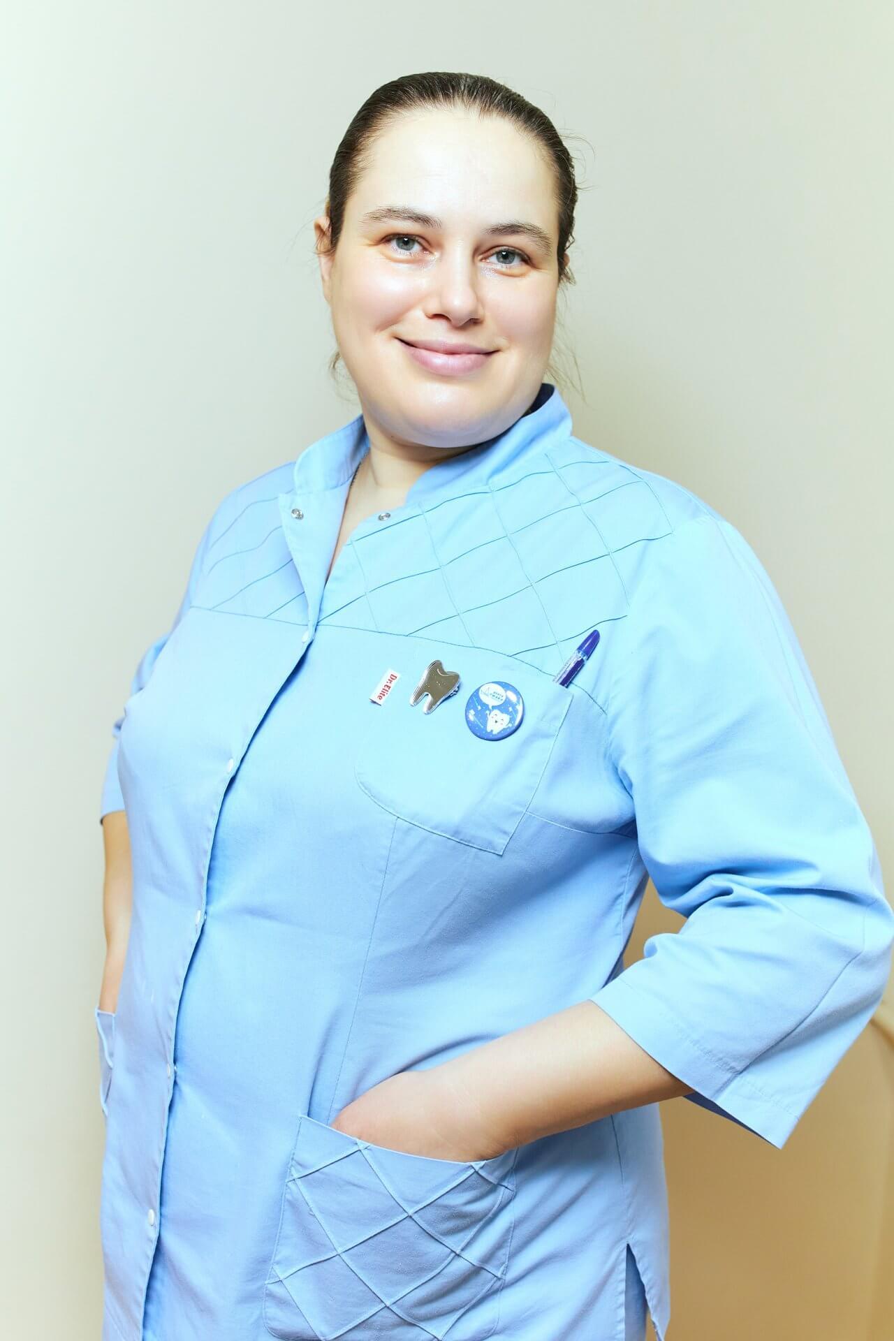 Стоматолог Толошная Екатерина